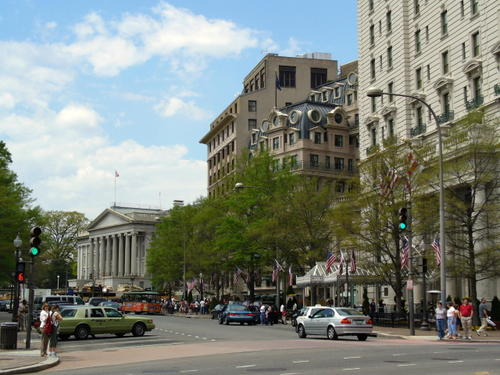 Willard_and_treasury_building