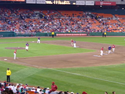 Seventh_inning_stretch